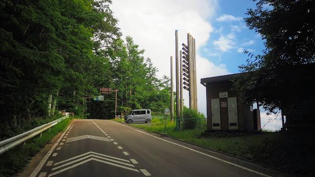 奥多摩から小菅村旧道の松姫峠までヒルクライム。松姫トンネルを抜け深城ダム・猿橋に寄って相模湖まで走るサイクリングコース