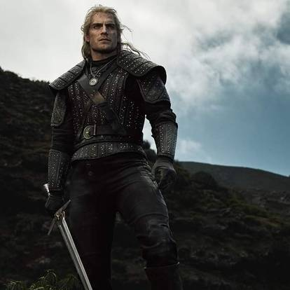 the-witcher-divulga-fotos-oficiais