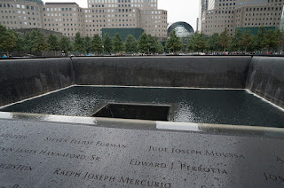 Picture of the mirror pool 9/11 memorial