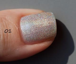 Kiko Holographic Nail Lacquer