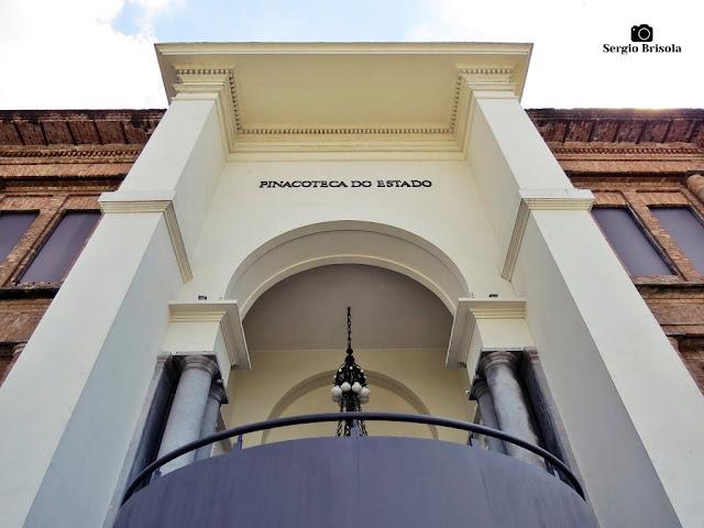 Perspectiva inferior da Antiga entrada da Pinacoteca de São Paulo - Luz - São Paulo