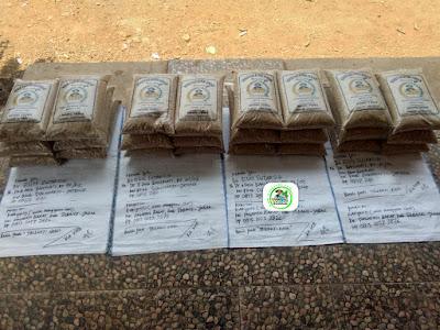 Benih padi yang dibeli    EUIS SUTARSIH Sukoharjo, Jateng.    (Sebelum di Packing).