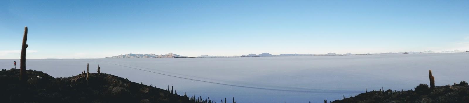 O que o viajante precisa saber para enfrentar a viagem ao Salar de Uyuni, na Bolívia, partindo de São Pedro de Atacama, no Chile.