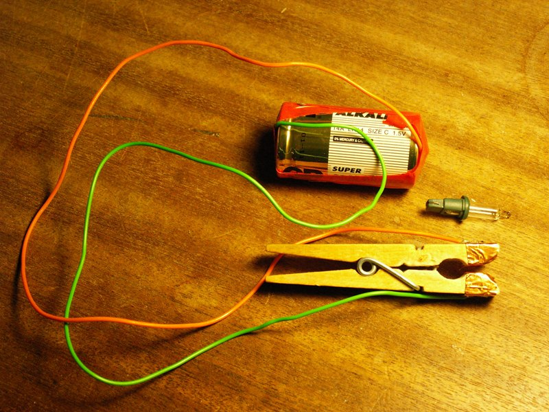 M0WYE's Blog: Apparatus for the Testing of Christmas Tree ...