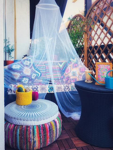 romantyczna moskitiera
