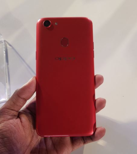 Oppo F5 : Camera Samples, Charging Time, USB OTG, Clone Apps
