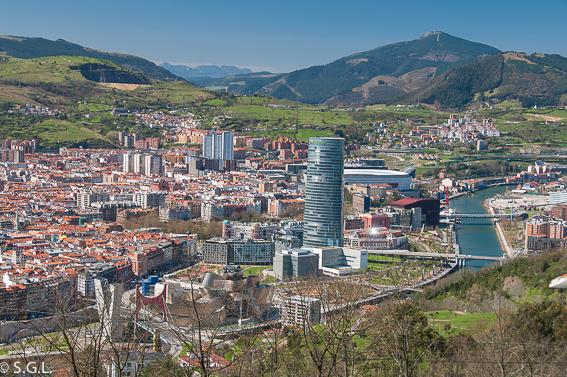 Vista de Bilbao desde Artxanda. Bilbao por una bilbaina