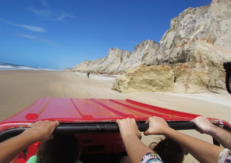 Passeio de Buggy em Morro Branco e Praia das Fontes