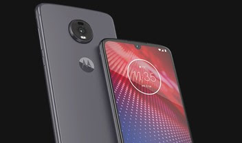 Moto Z4 powered by Microsoft Surface Pen