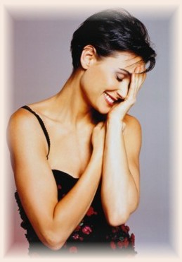 Demi Moore S Hairstyles Ladies Mails