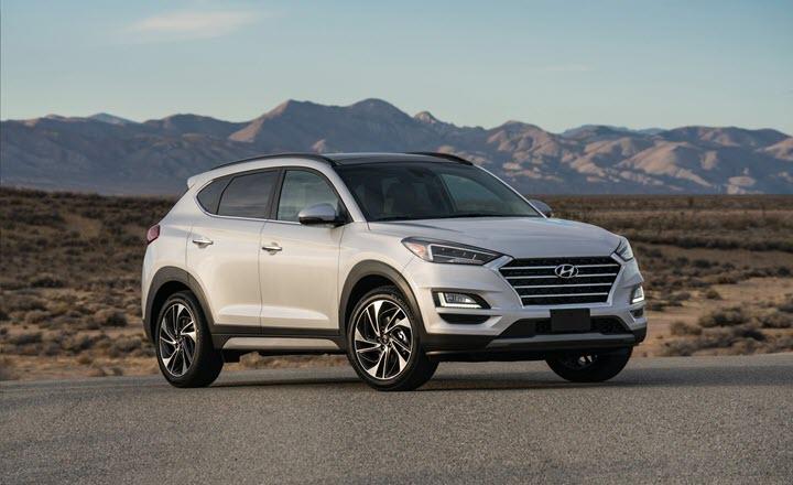 Hyundai Tucson giảm giá sâu, 'vượt mặt' Honda Civic và Mazda 3