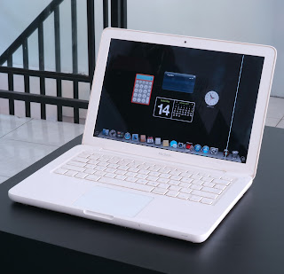 MacBook White Bekas Di Malang