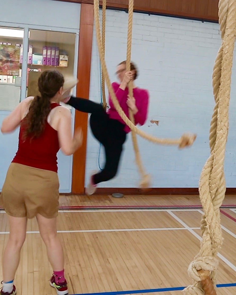 Stage combat rope swing