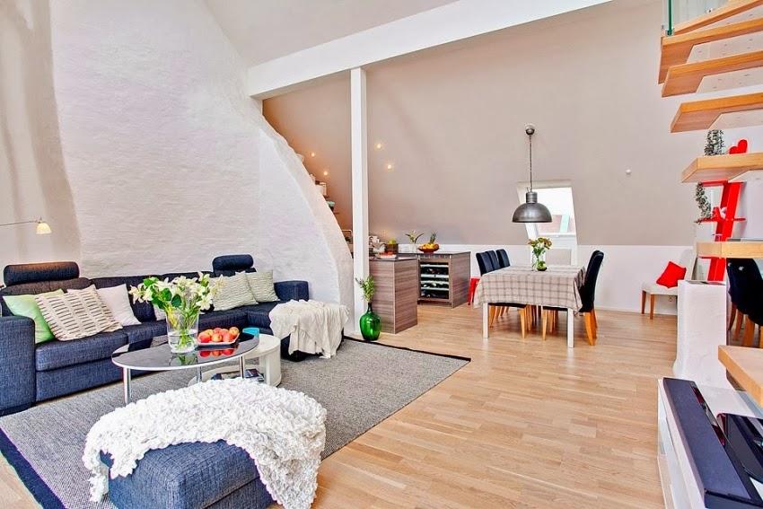 Dwupoziomowy, przestronny apartament w bieli, wystrój wnętrz, wnętrza, urządzanie domu, dekoracje wnętrz, aranżacja wnętrz, inspiracje wnętrz,interior design , dom i wnętrze, aranżacja mieszkania, modne wnętrza, białe wnętrza, wnętrza w bieli, salon