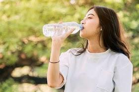 5個正確的喝水方式!「改善身體機能」喝出健康