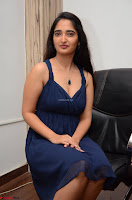 Radhika Mehrotra in a Deep neck Sleeveless Blue Dress at Mirchi Music Awards South 2017 ~  Exclusive Celebrities Galleries 113.jpg
