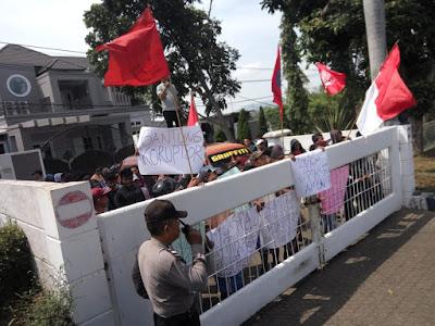 Demo PDAM Way Rilau, Ampera: Proyek SPAM Terkesan Amburadul