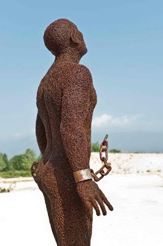 patung dari kawat