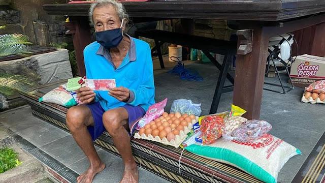 'Women without milk for babies': How shutdown is devastating Bali