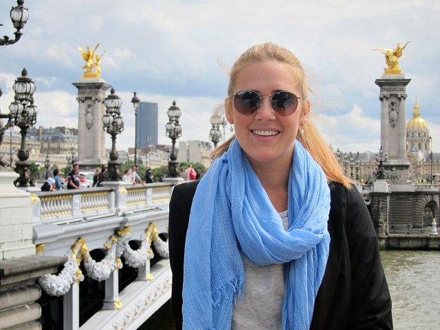 Bron Pont Alexandre III och Invalidedomen i bakgrunden