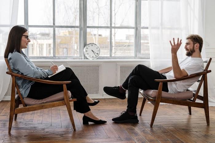 Psikolog Nasıl Olunur? 2021 Psikolog Maaşları Ne Kadar?