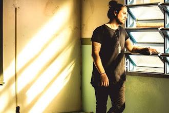 Te vi na rua ontem | Sharlon Oreano e Frasson lançam versão inédita para faixa de Konai