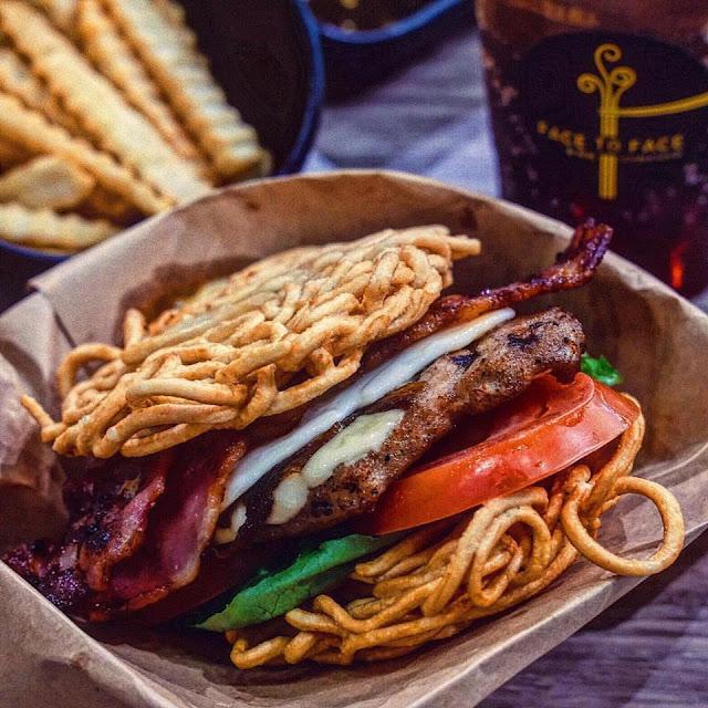 Ban Mee Burger