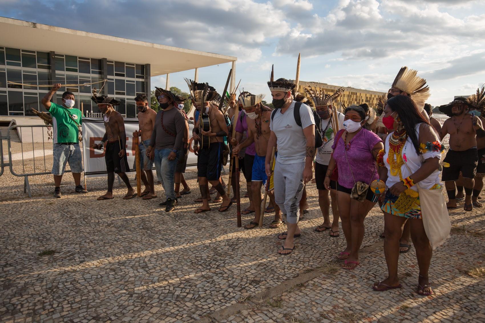 Indígenas realiza nesta tarde marcha até o Supremo por demarcação de terras