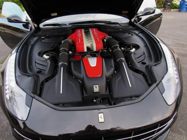 2012 Ferrari FF V12 engine