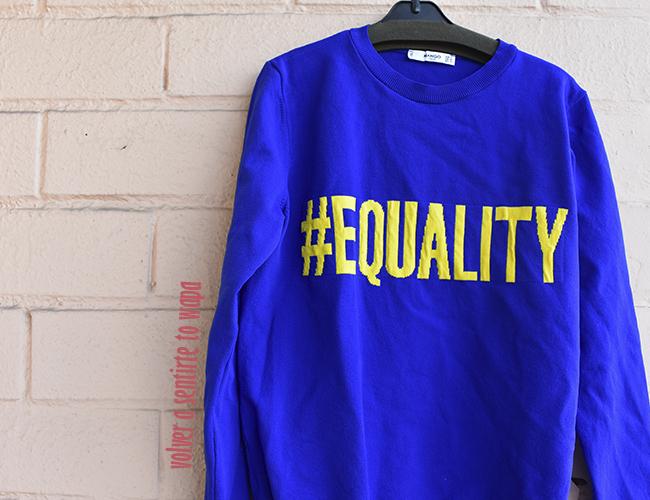 Sudadera con mensaje #EQUALITY de MANGO