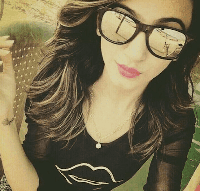chashma wali girl image download wallpaper