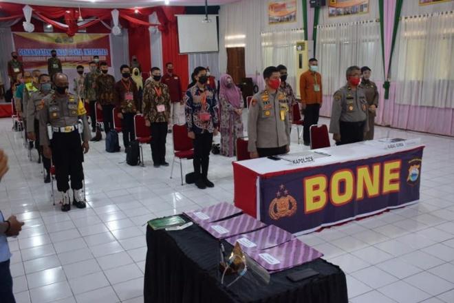 Penerimaan Polri, Polres Bone Gelar Penandatanganan Pakta Integritas Secara Virtual