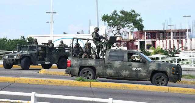Atacan Base Militar, los persiguen y ENFRENTAN en Playa del Mono de Tuxtepec, Oaxaca: 3 Detenidos