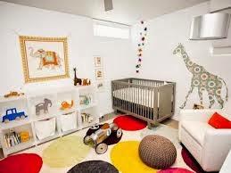 Dormitorio bebé tematica jirafas