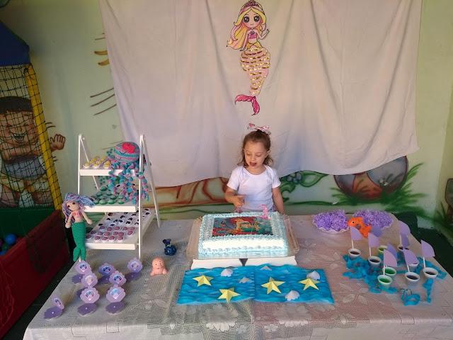 Minhas 24 Horas, Aniversário DIY, aniversario de menina, Festa Aniversário Menina, fundo do mar, festa sereia, aniversário em escolinha, aniversário na escola, Festinhas,