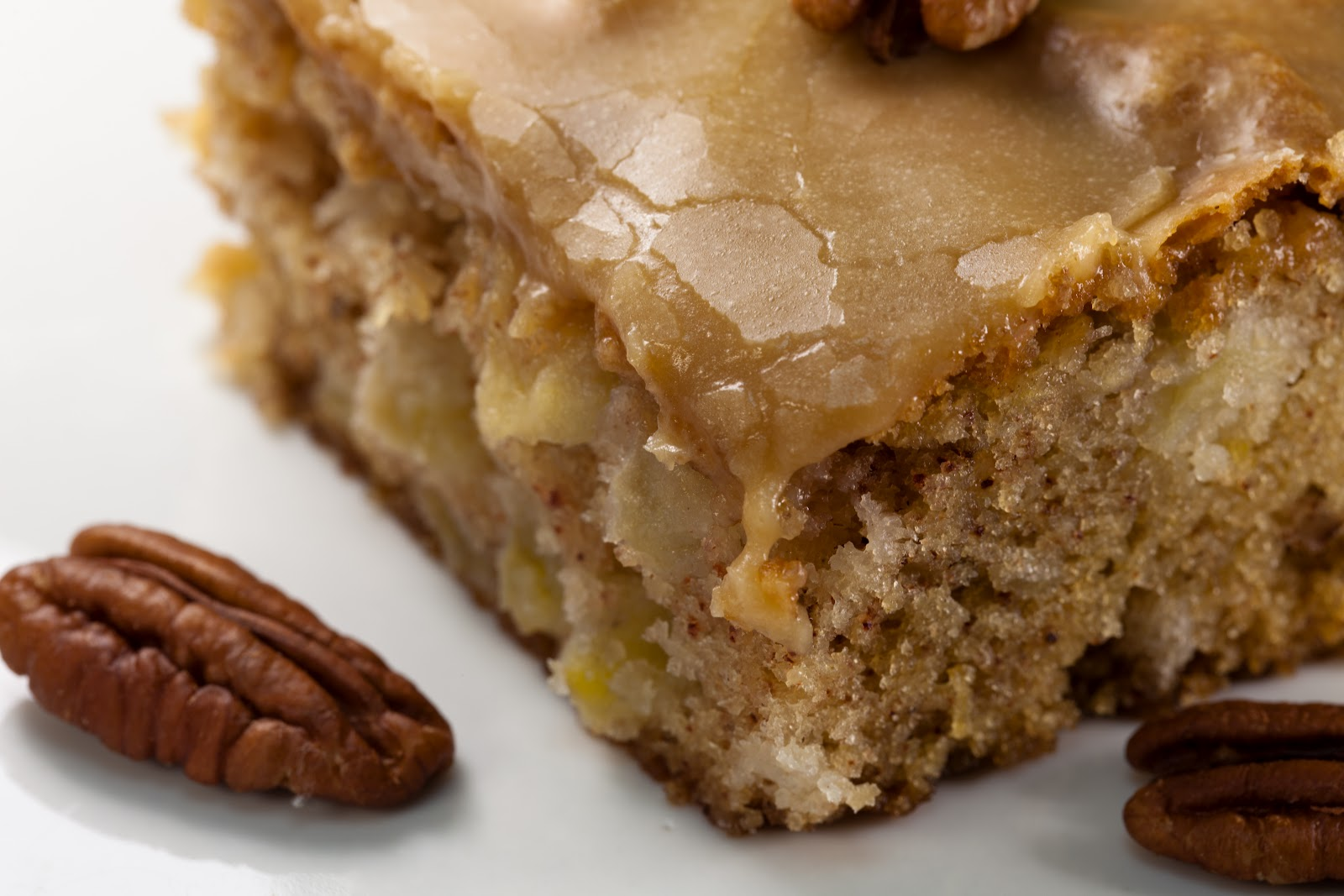 Apple Walnut Bundt Cake Recipe
