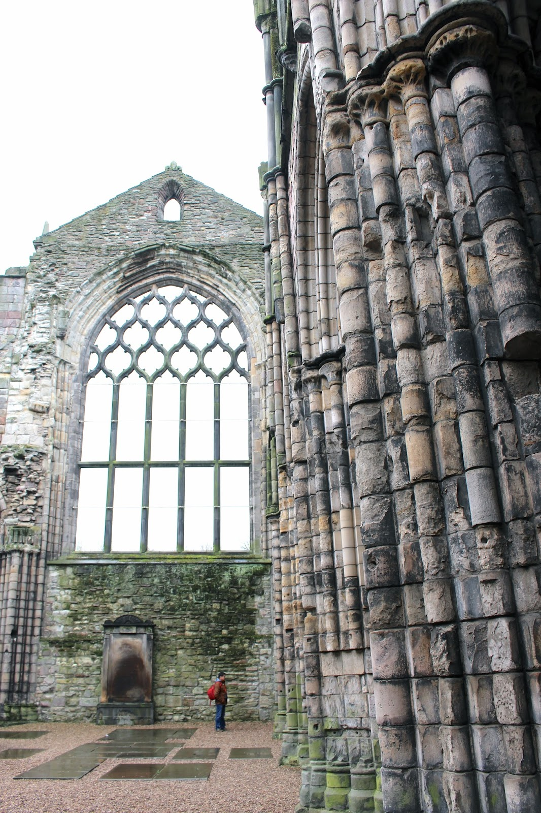 Holyrood Palace Abbey ruins travel photography
