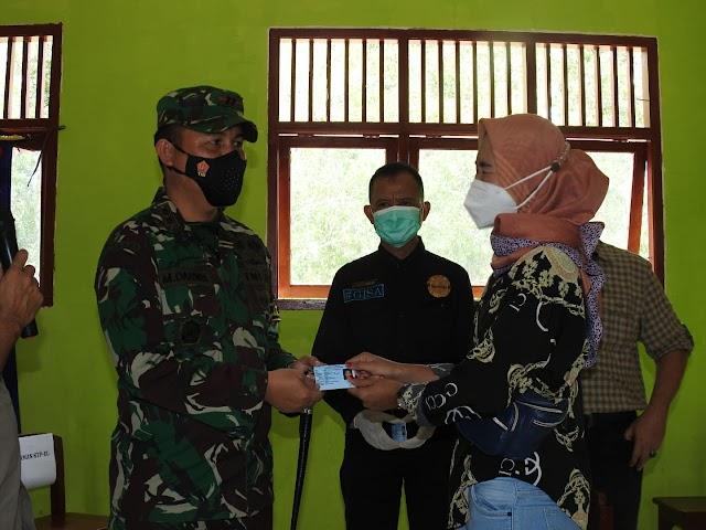 Masyarakat Desa Sukorahayu Nikmati Sasaran Non Fisik Program TMMD Ke-110