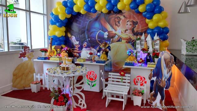 Decoração provençal tema A Bela e a Fera para festa de aniversário feminino