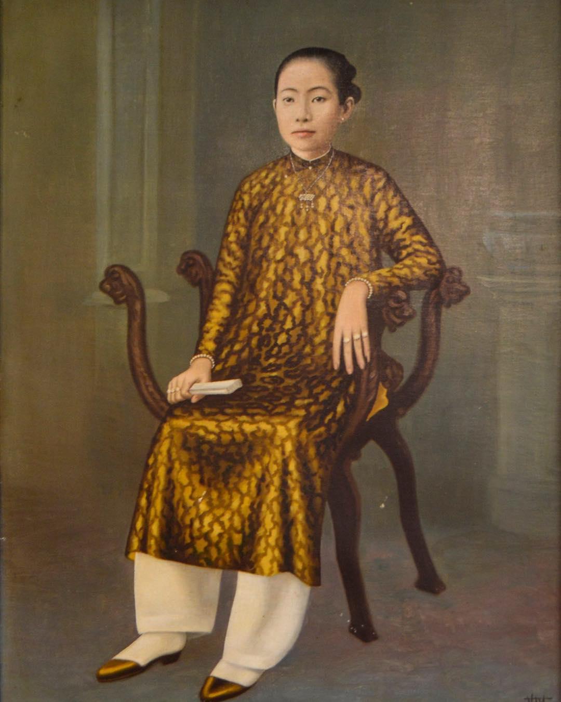 Người phụ nữ miền Nam xưa với tà áo dài truyền thống