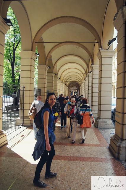 pasaże bolońskie, krużganki bolońskie, zadaszone pasaże, Bolonia
