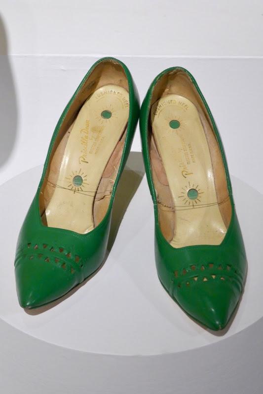 Mrs Maisel season 2 Midge green shoes