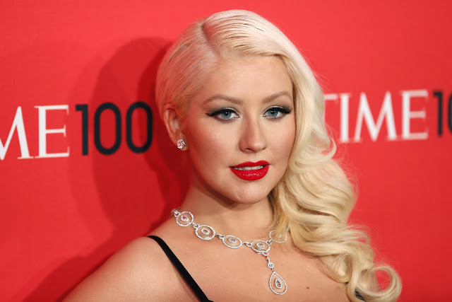 Christina Aguilera's Surgery Secrets - How The Singer Has Barely Aged In 25 Years