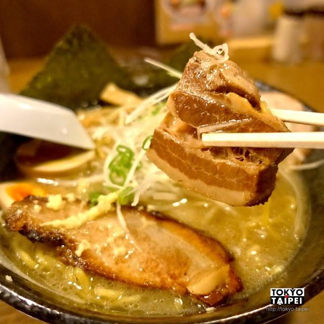 【拉麵空】湯底和叉燒採用北海道產豬肉 3種肉盛拉麵層次感超豐富