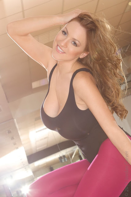 Jordan-Carver-Flash-Dance-Cute-and-sexy-Photoshoot-Image-23