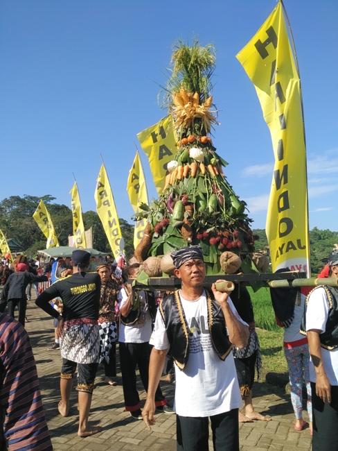 pasar-djowo-gunungpati-upacara