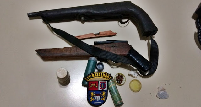 Mamborê: Jovem embriagado bate em mulher e filho e é preso com arma