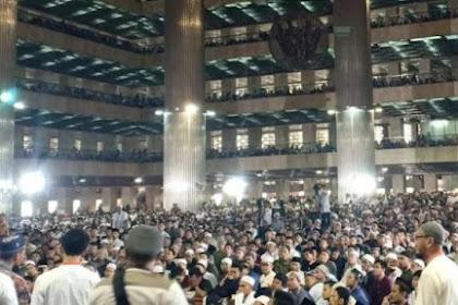 Ribuan Jamaah Gelar Doa di Masjid Istiqlal untuk Kesembuhan Ibu Ani Yudhoyono