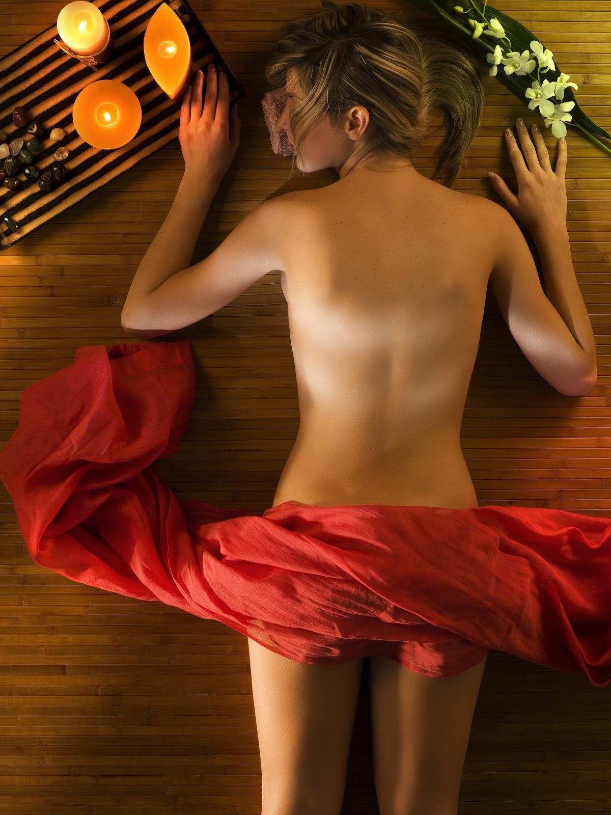 Hot tantric massage