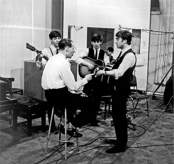 George Martin : le maestro aux commandes des Beatles